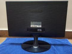 Super Mega Offer 2 Desktop Monitors