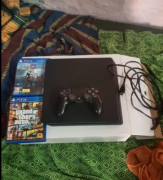 Ps4 slim 1tb with 5games