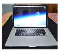 Mac Book Pro 15 Inch