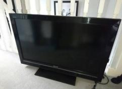 40 Inches Sony Bravia LED TV Available
