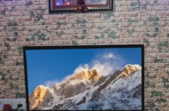 used 32 smart Android led TV  for sale in mumbai