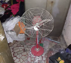 Table Fan With Stand