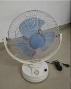 Small size table fan