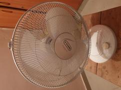 Vguard Table fan in good condition