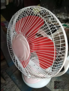 Kitchen table fan