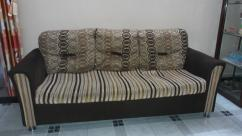 3 Seater sofa without pillows