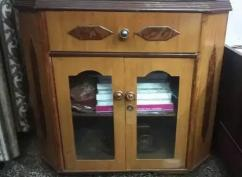 wooden tv trolley with 1 sliding and 2 windows box