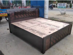 Brand new king size double bed 6fit by 6fit with box