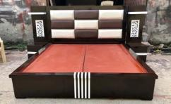 Brand new plateform bed with side table
