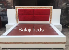 Red d & white designer king size bed with side table