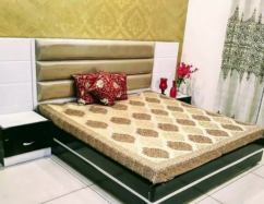 IMPRESSIVE Brand new designer king size bed with side table