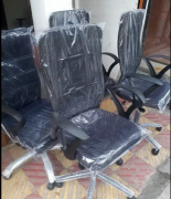 Brand New Office Revolving Chair High quality Strong and Sturdy