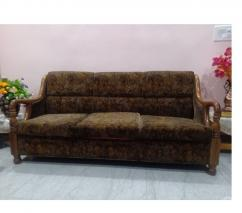 Teak wood 5 seater sofa set with centre table