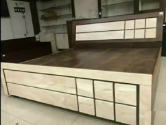 Strong double bed with box