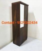 Single wooden Almira/wardrobe