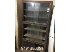 5 Store Racks for any shop with Glass Sheild