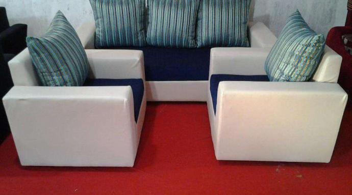 Simple And Shower 3 Seater Sofa Set