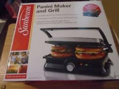 Sandwich Maker in very good condition available