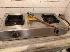 Two Burner Gas Range with Regulator attached