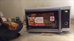 2 Years Old LG Microwave Oven Available