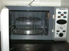 Rarely Used Microwave Oven In Excellent Condition