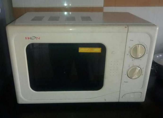Microwave oven - Ikon make