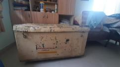 Metal storage box in good condition