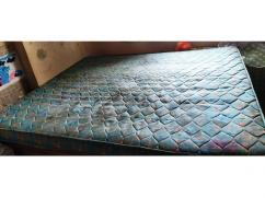 Kurlon Queen Size Mattress