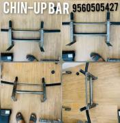 Chin-up bar wallount