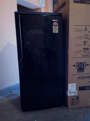 Samsung Refrigerator Single Door in Excellent Condition
