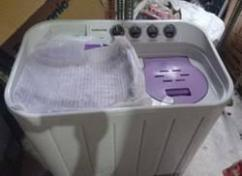 Semi Automatic Washing Machine In Excellent Condition