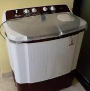 semi automatic LG washing machine.