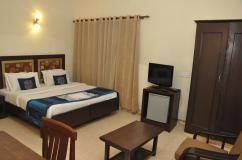 A/c Rooms with Free Wi-Fi in South Delhi