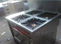 Manufacturer of Stainless Steel 4 Burner Continental Range with oven