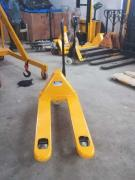 MATERIAL HANDLING EQUIPEMENTS
