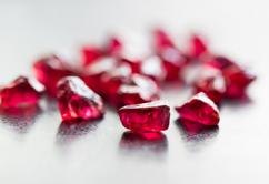 Certified 4 ratti natural transparent ceylone ruby gemstone