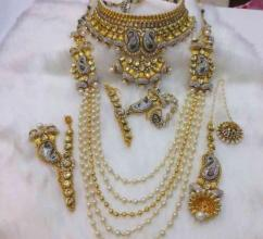 Beautiful Necklace Set In Golden Color