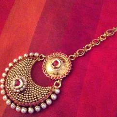Antique Bridal Maang Tikka Designs at Best Price