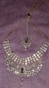 White colour kundan necklace with mang tika