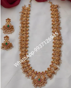 Elegant Jewellery Sets