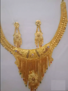 Gold covering necklace and haaram