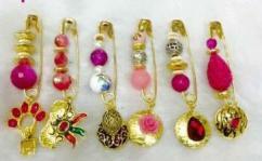 Designer Saree Pins In Different Colors