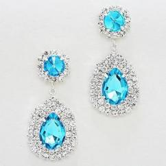 Beautiful Earrings in Affordable Pricing