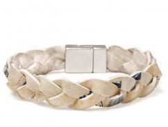 Designer Bracelet In Chain Pattern Available