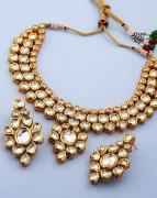 Kundan Necklace With Earrings Available