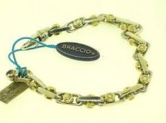 Bracelet In Very Beautiful Design Available