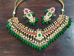 Beautiful Kundan Neckpiece In Heavy Design