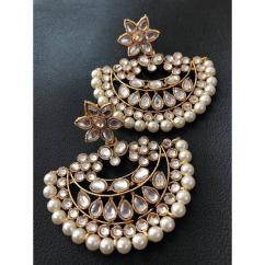 Beautiful Kundan Earrings In Lovely Design