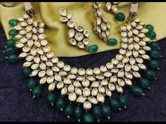 Very Beautiful Kundan Necklace Available