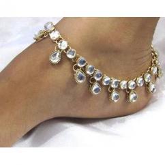 Kundan Jewelry in beautiful design